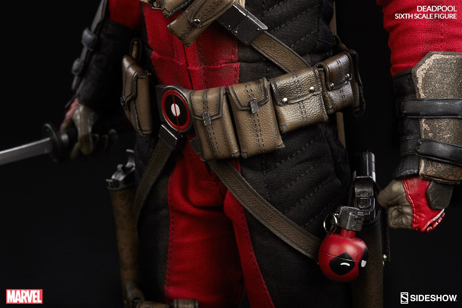 deadpool-sixth-scale-marvel-100178-09.jpg