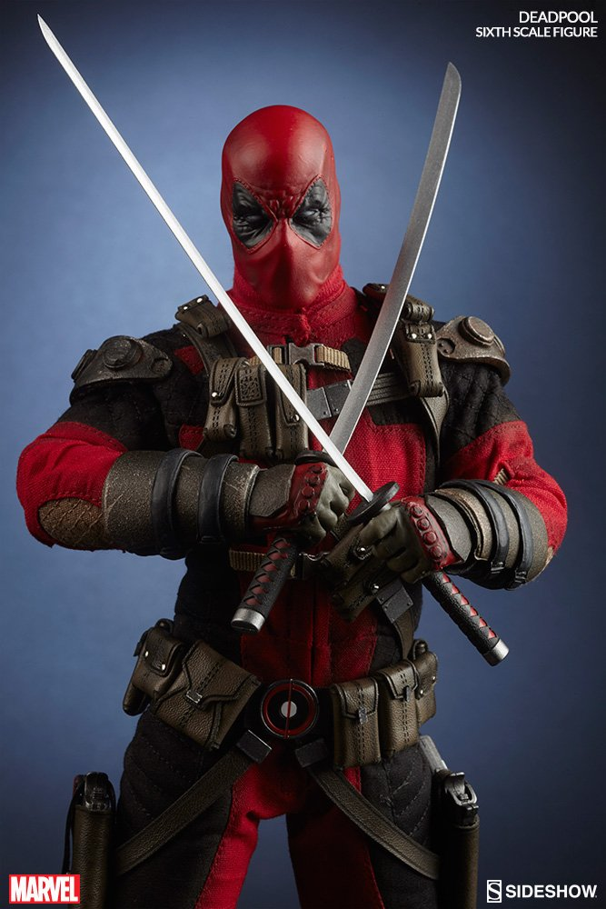 deadpool-sixth-scale-marvel-100178-07 (1).jpg